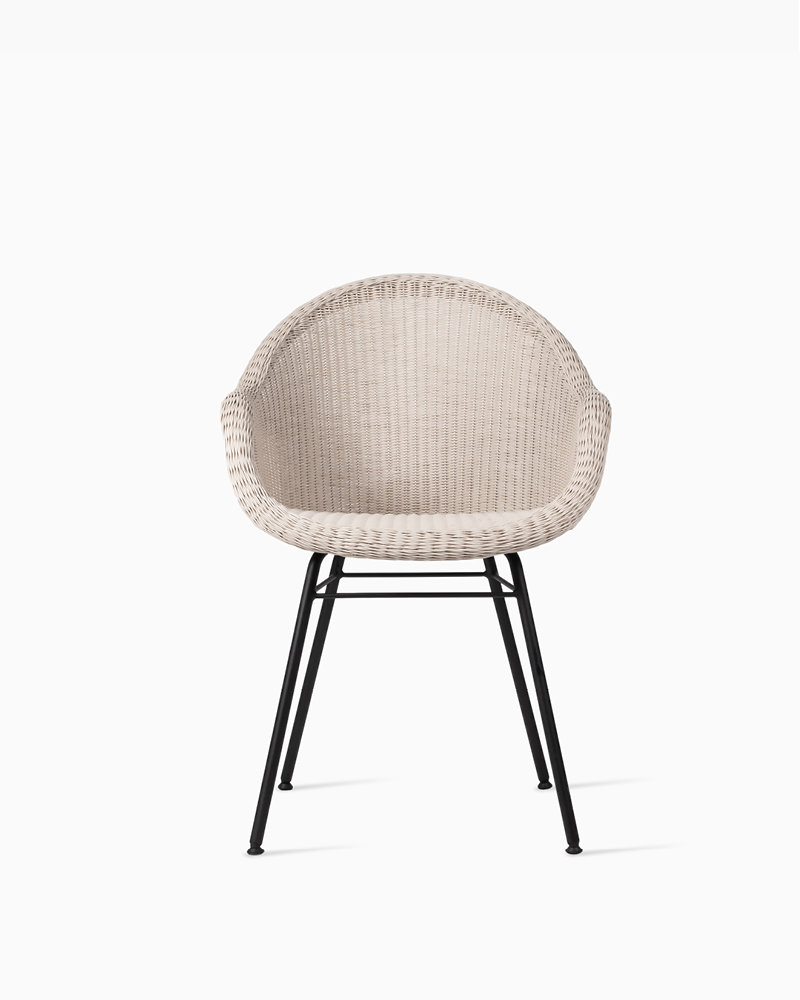 vincent-sheppard-edgard-dining-chair-steel-A-base-old-lace